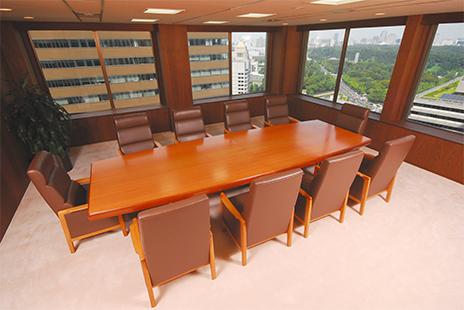 朝日中央綜合法律事務所の応接室